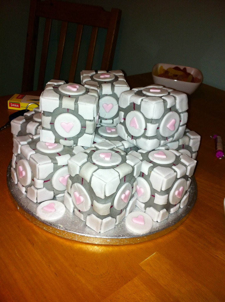 Portal Companion Cube Cakes Companion Cube Cakes Made For Flickr