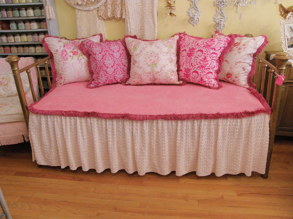 Shabby Chic Pink Antique Brass Daybed See My Store Flickr