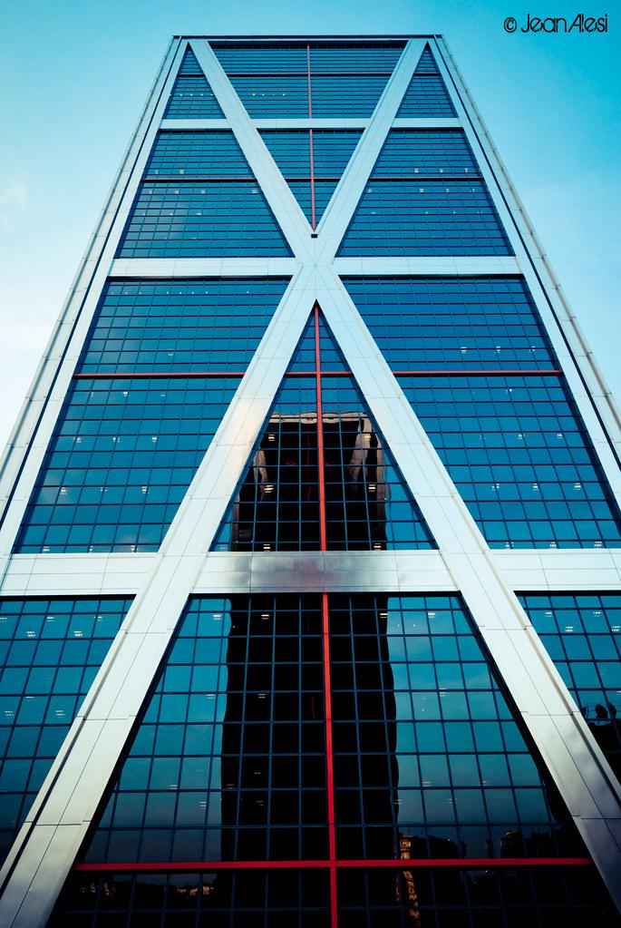 Puerta de europa de madrid torres kio las dos torres - Torres kio arquitecto ...