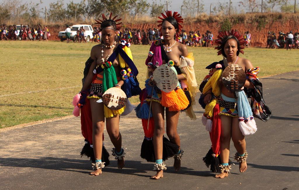 Swaziland umhlanga or reed dance swaziland umhlanga or