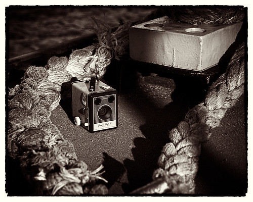 Kodak Brownie Flash IV | by lumowerkx
