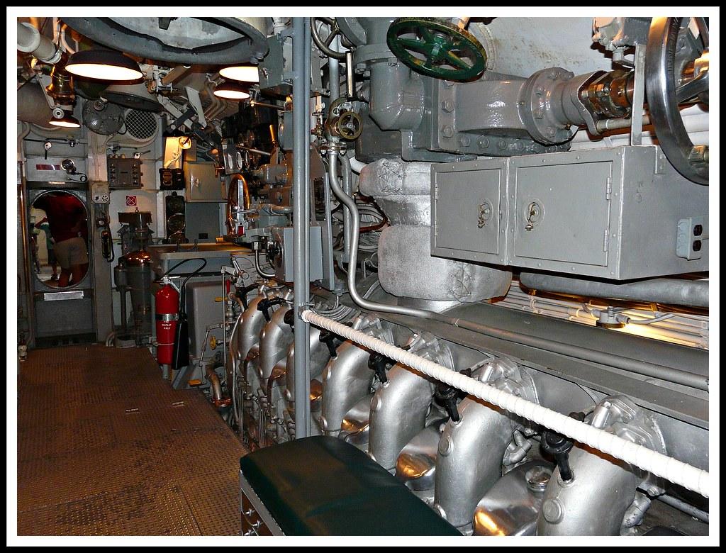 Pearl harbor l 39 interno del sottomarino sala macchine for Interno help