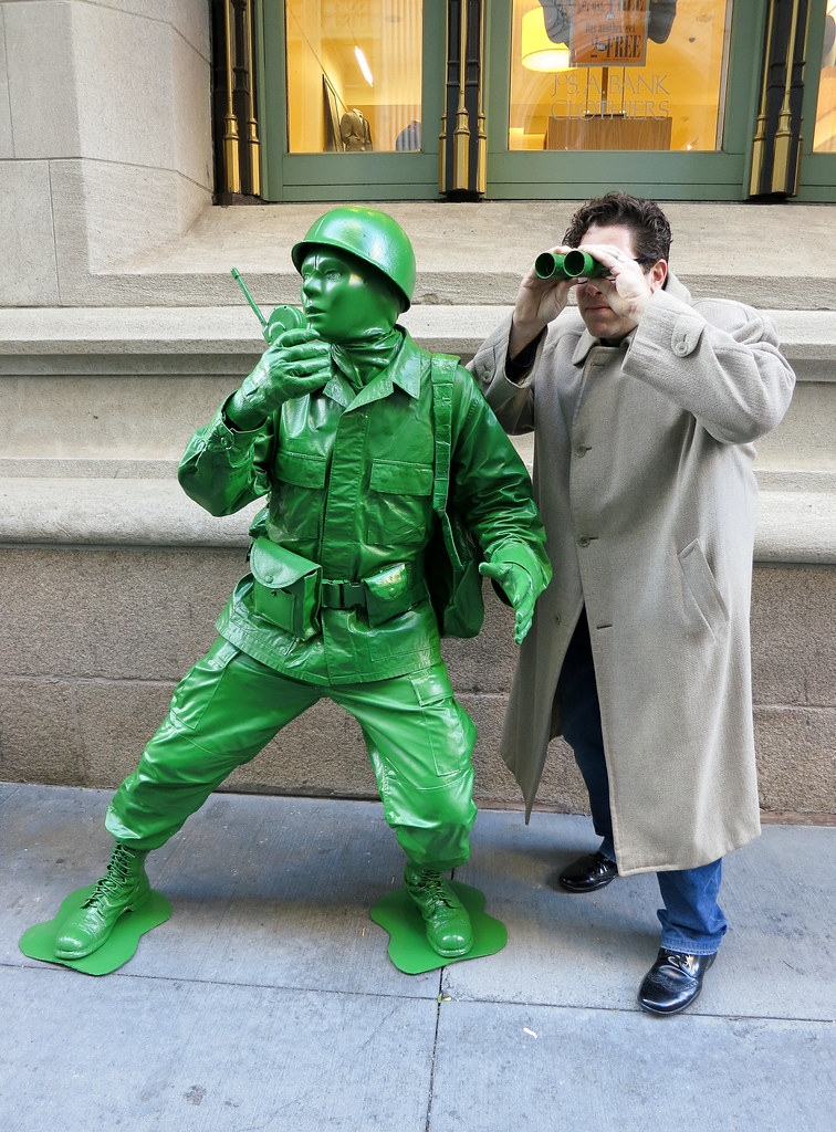 Plastic Toy Green Army Man Laughingsquid Com Plastic