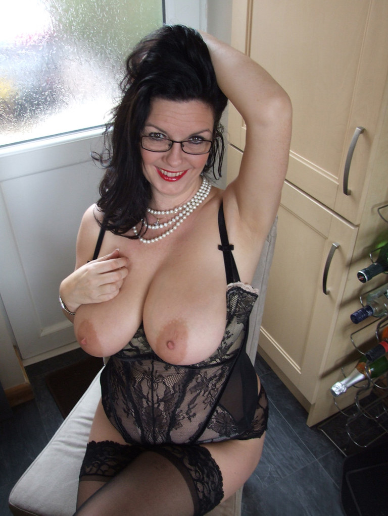 Free mature women blojob videos