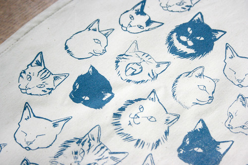 cat tote bags | by hellojenuine.