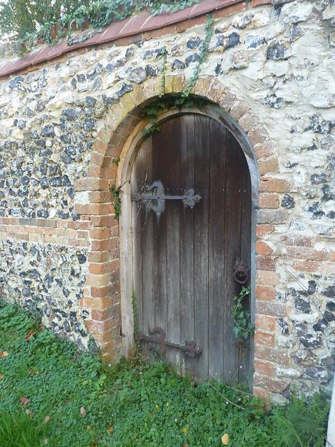 Secret garden door | Flickr - Photo Sharing!