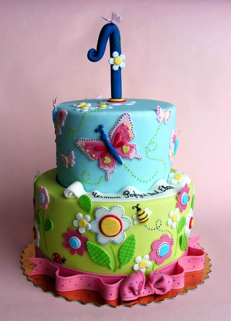 Flowers and butterflies cake Happy 1st bday, Evelin ...