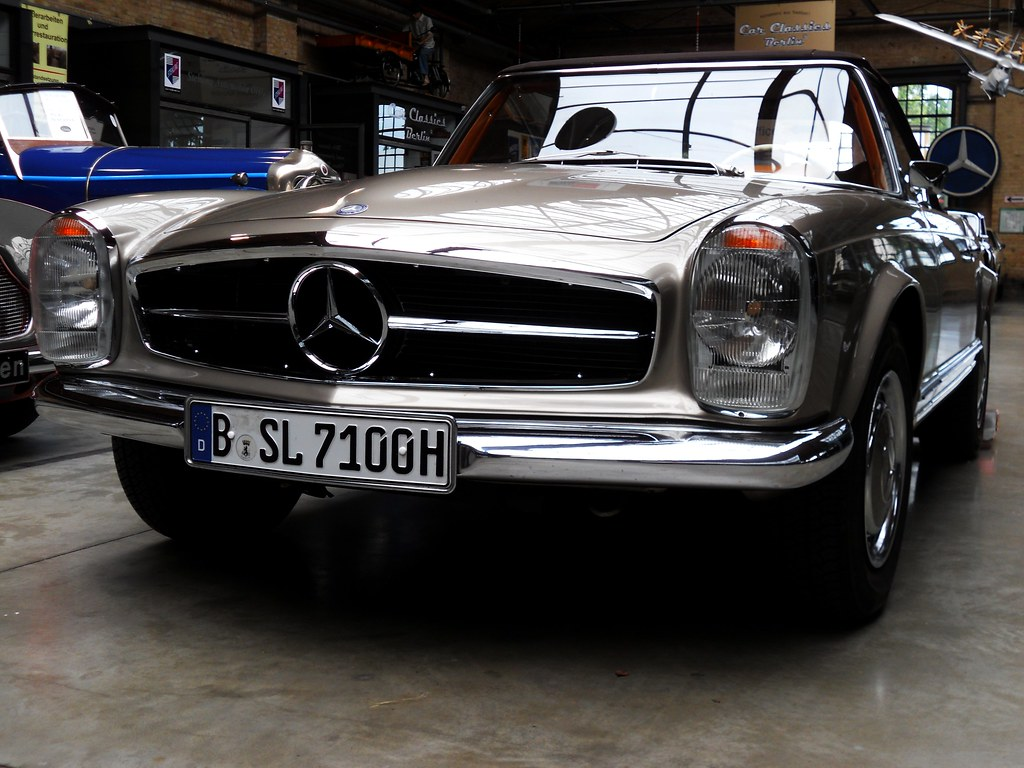 mercedes benz 280 sl w113 pagode 1971 designed by. Black Bedroom Furniture Sets. Home Design Ideas