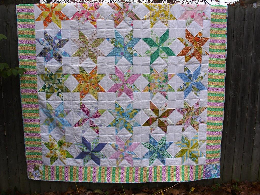 Free Star Flower Quilt Patterns : Star Flower thequiltingdee.blogspot.com/ Quilt using vinta? Flickr