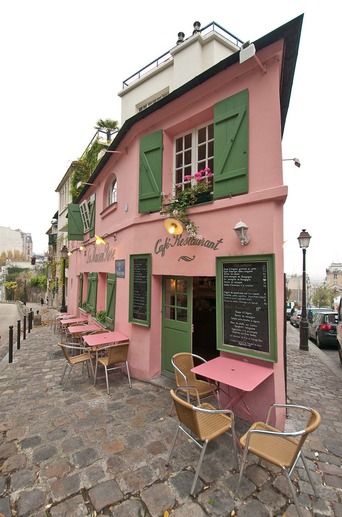 La maison rose montmartre no famous artists here today for La maison rose lourmarin