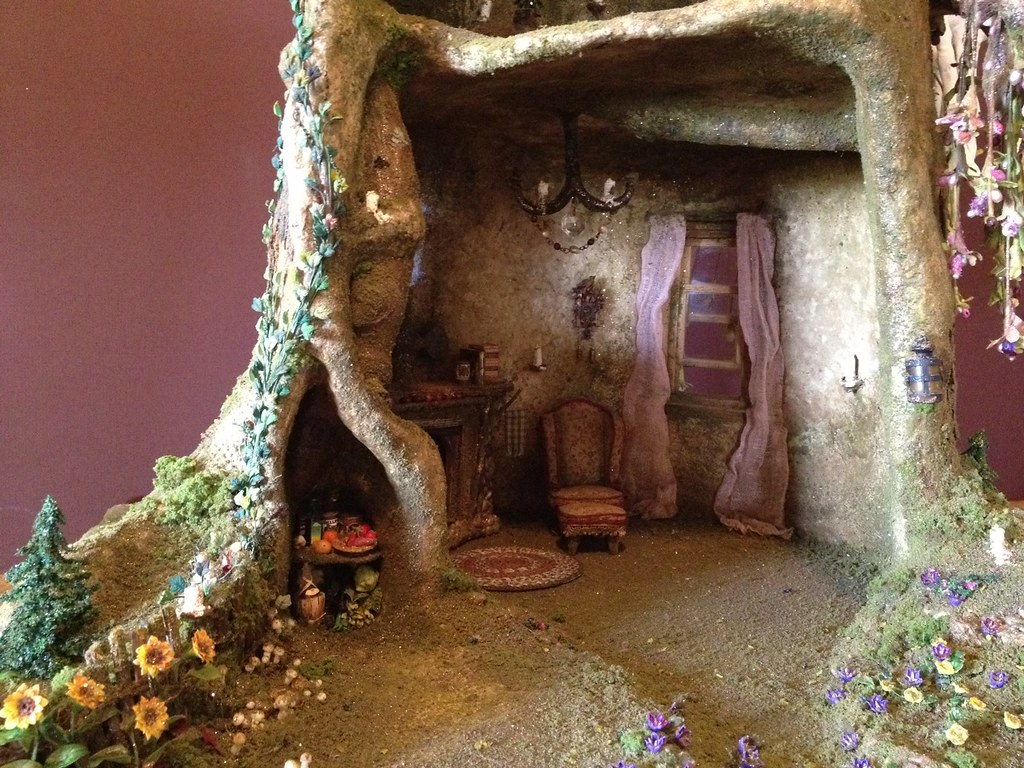 Superior ... Fairy Tree Trunk House In Progress | By Torisaur