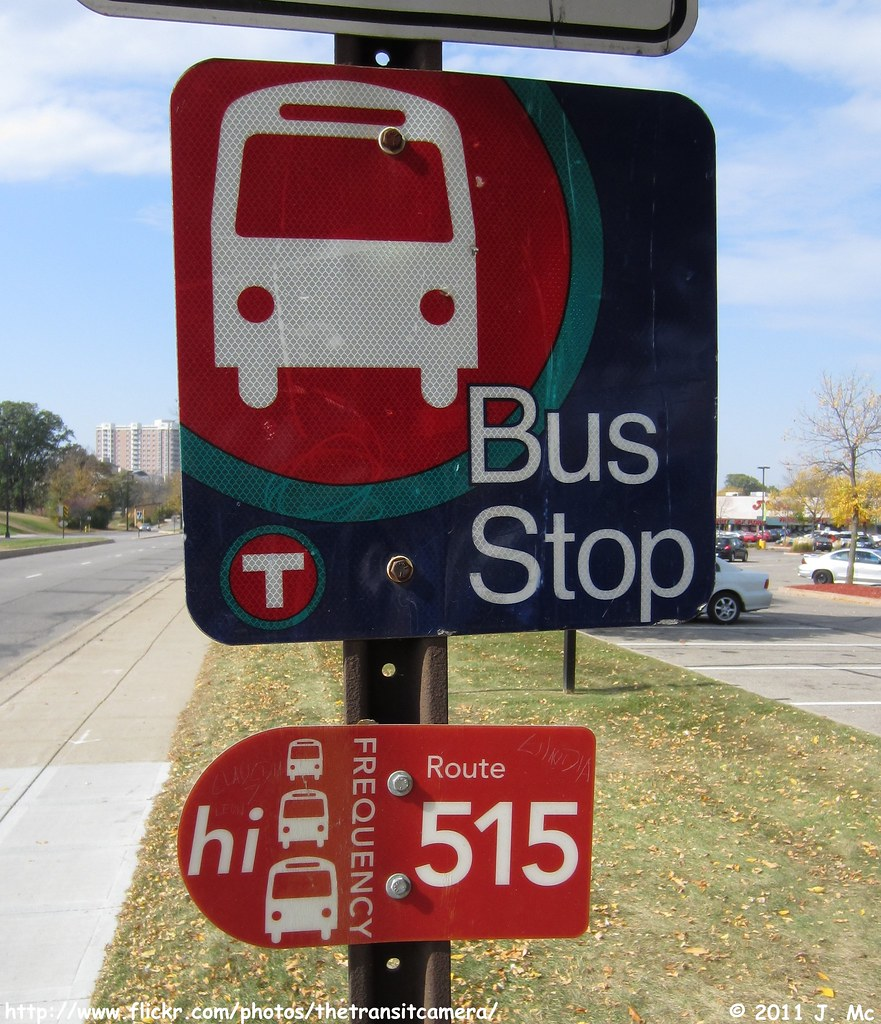 metro transit bus stop sign | typical bus stop sign, and a f… | flickr