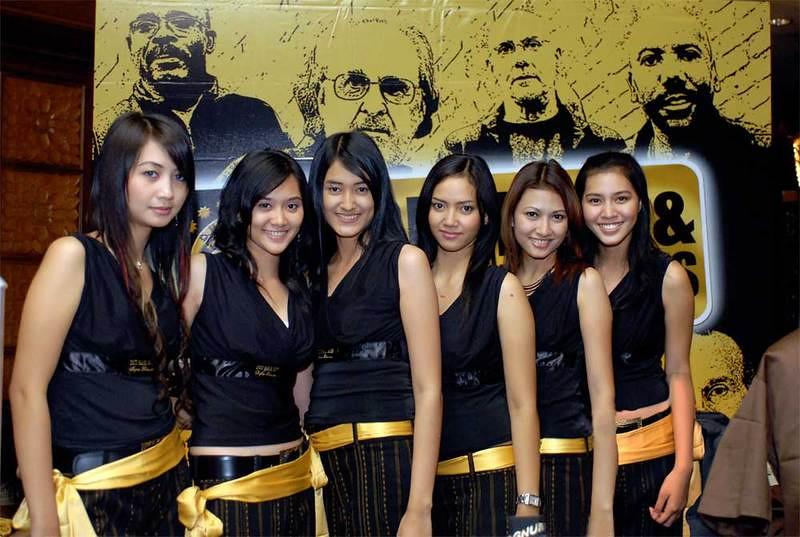 Surabaya girls