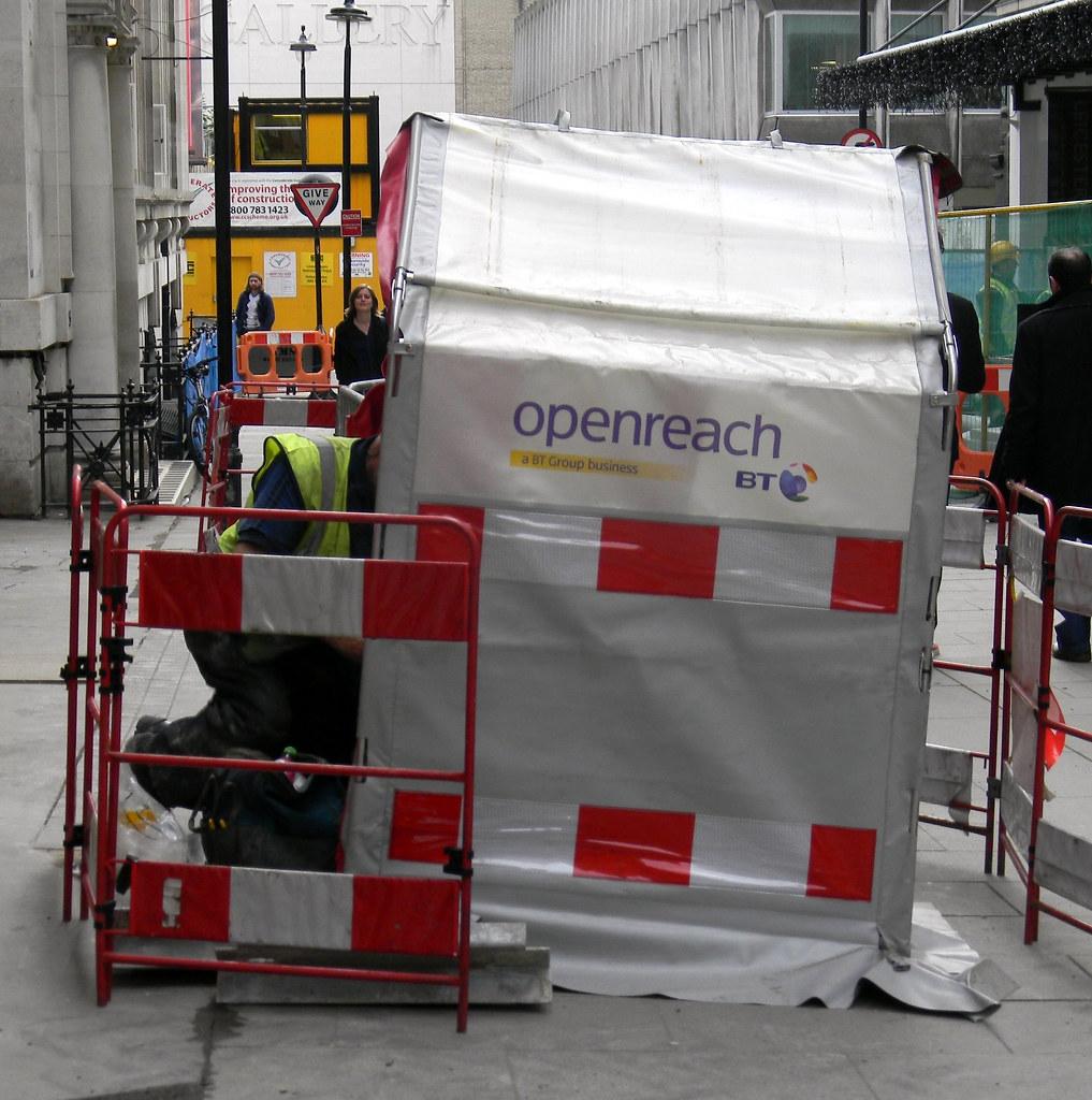 ... BT openreach tent workman St Martinu0027s street London 3rd November 2011 1415.48pm | & BT openreach tent workman St Martinu0027s street London 3rd Nou2026 | Flickr