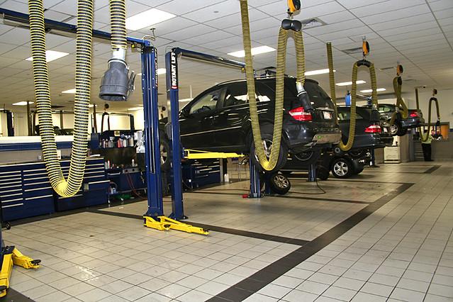 Mercedes-Benz dealership serving Worcester, Natick and Boston