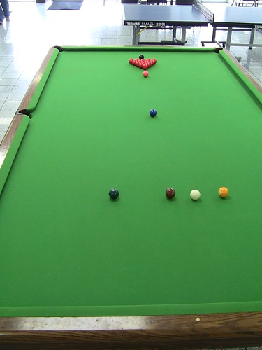 Huge pool table play on professional size snooker table - Professional pool table size ...