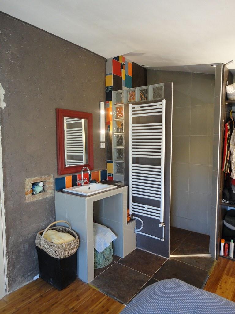 Mini salle de bain l 39 italienne r alisation d 39 une salle for Cout d une salle de bain a l italienne