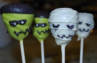 Halloween Cake Pops | by Ally Cake Designs