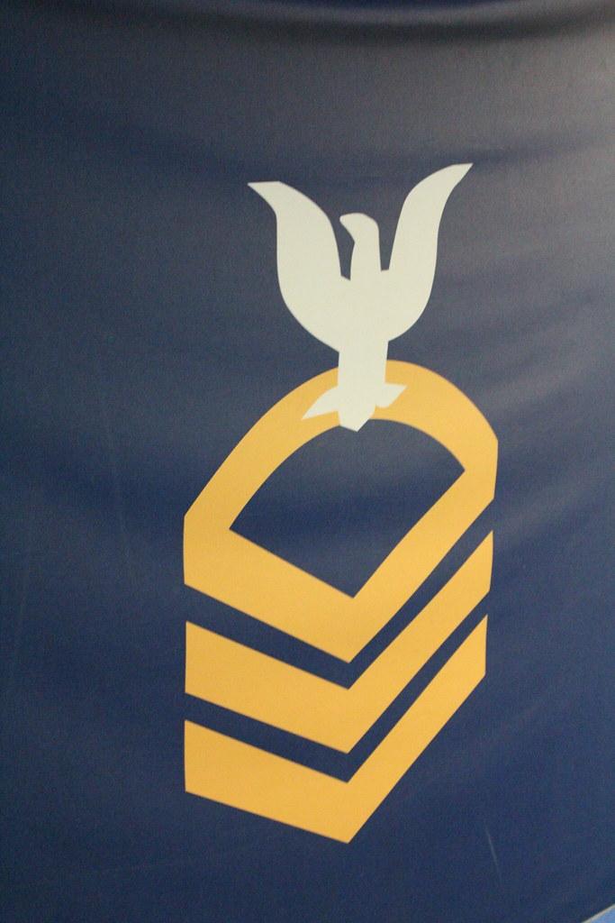 Missouri >> USS Missouri - Navy Symbol | Took a tour around Pearl Harbor… | Flickr
