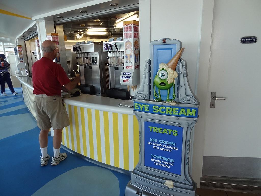 Eye Scream Counter Service On The Disney Dream Cruise Ship