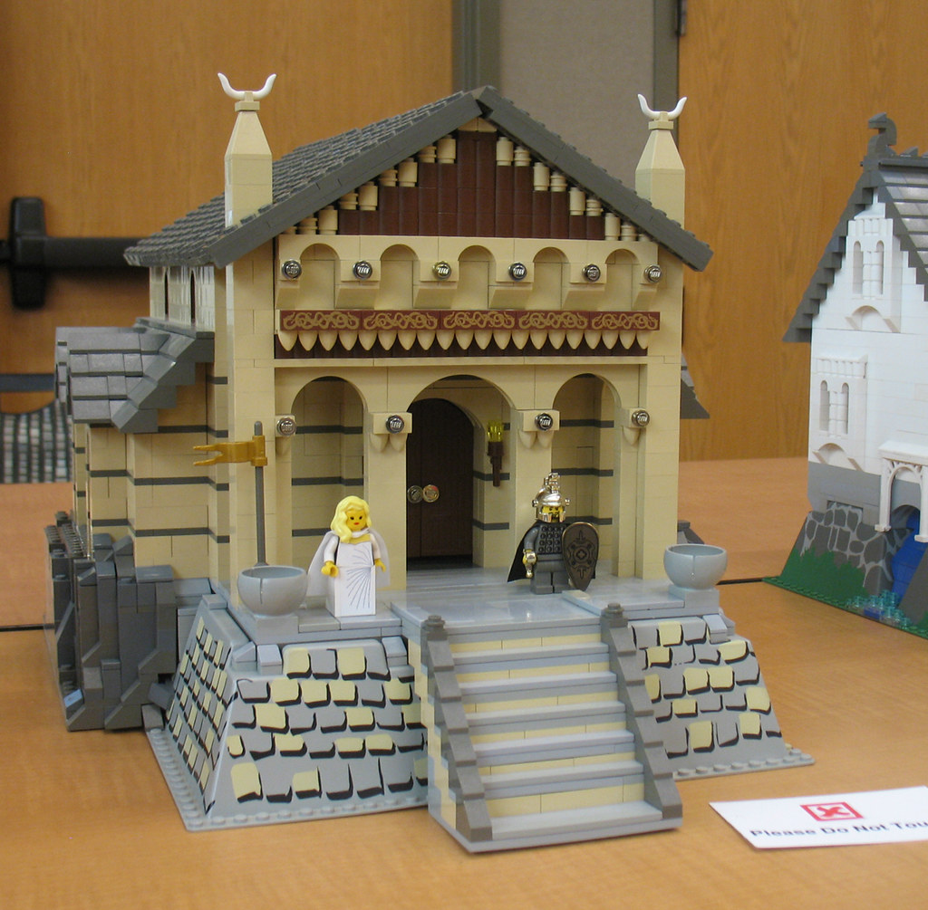 Golden Hall Of Meduseld Edoras Middle Earth As Displayed