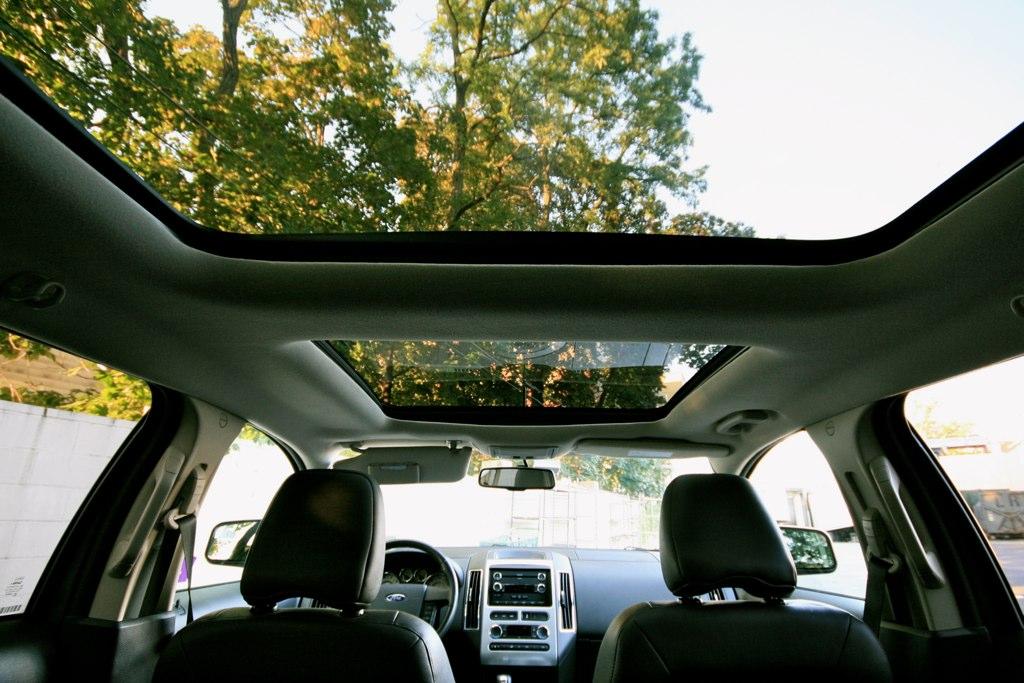 Ford Edge Panoramic Sunroof By Josh Ferris
