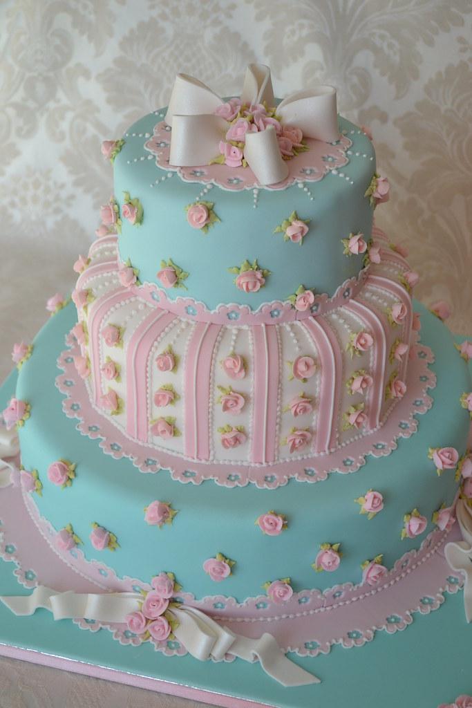 Sugarcraft Cake Decorating And Baking Show : Wedding cake for Cakes and Sugarcraft Magazine deborah ...