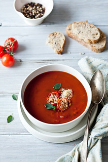 "Roasted Tomato Soup & Tomato Parmesan ""Croutons"" 