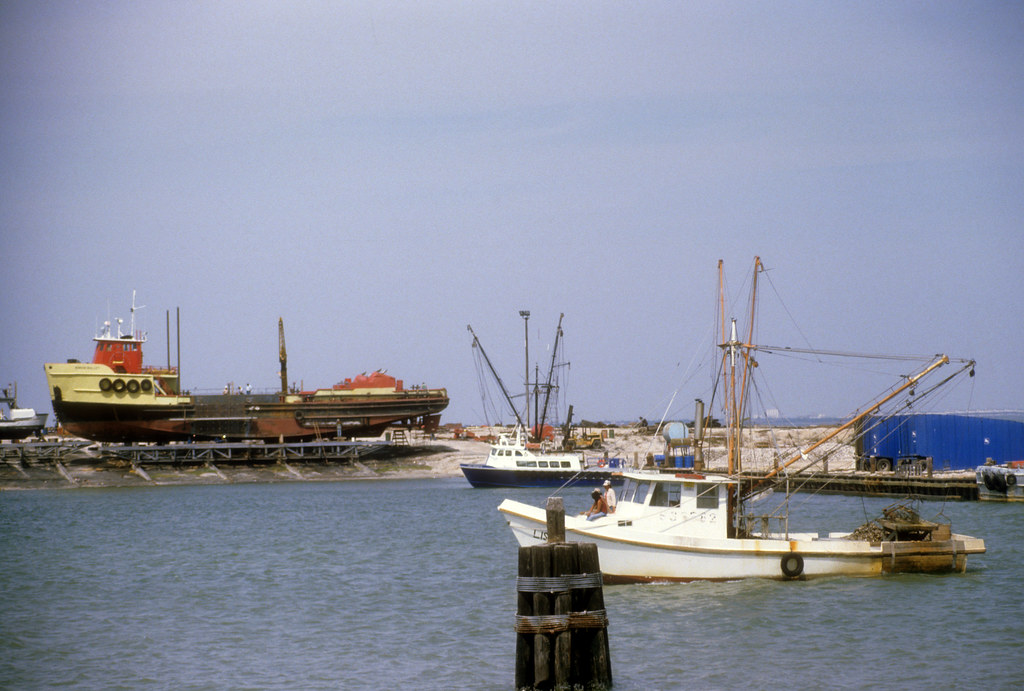 Jessica lori world 39 s largest clam dredge in 1984 flickr for Port lavaca fishing report