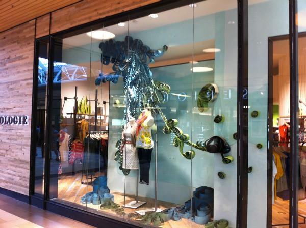 Anthropologie window display   www.allthingspaper.net/2011 ...