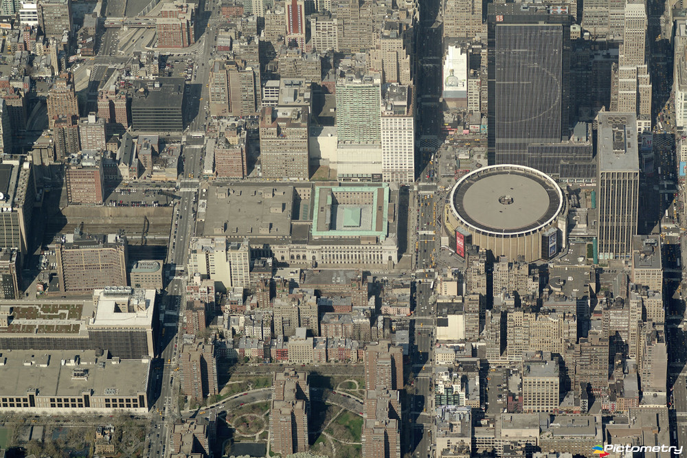 Madison Square Garden and Grand Central Station | .pictom