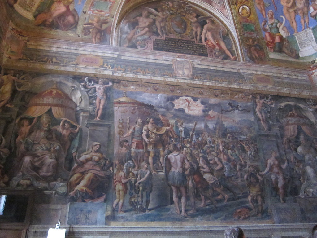 The vision of the cross by raphael in sala di costantino for Sala 976 latin palace