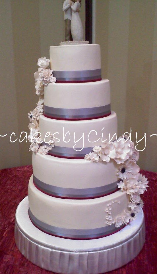 7 layer wedding cake 5 tier wedding cake this is a cake that i made for one 10502