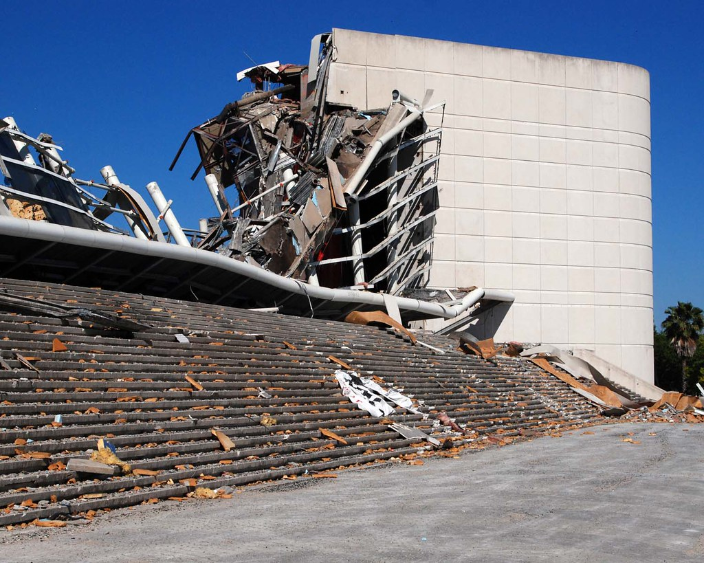 03 25 12 Old Amway Arena Demolition On An Early Sunday