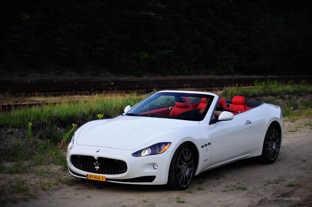 Maserati grancabrio willem rodenburg flickr for White maserati red interior