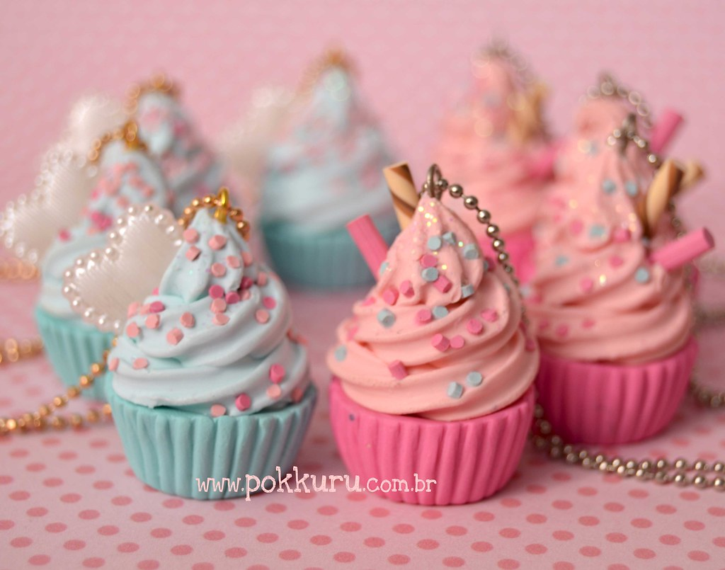 Cupcakes De Algodao Doce Em Azul E Rosa Ki K Kuroiva Flickr