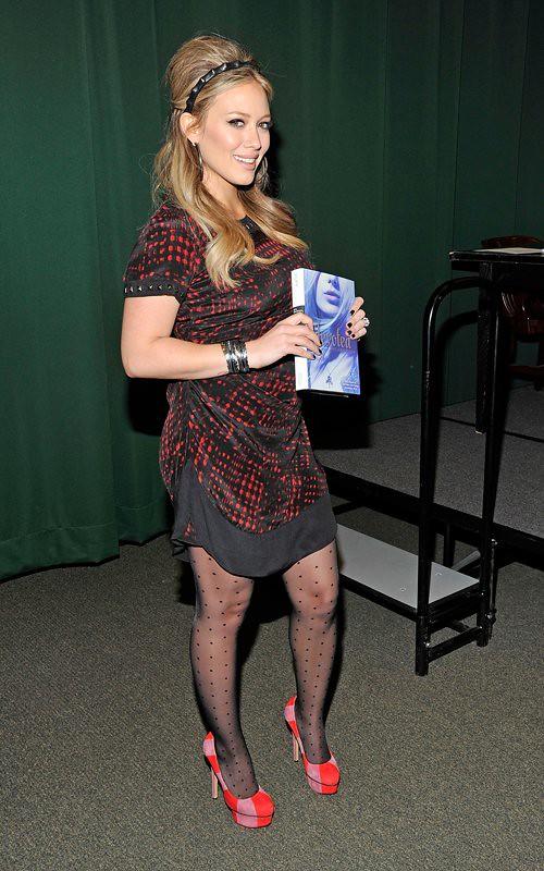Hilary duff pantyhose