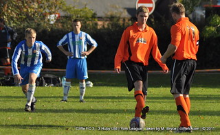 Cliffe FC 3 - 3 Huby Utd 15Oct11 | by Malcolm Bryce | Cliffe FC | Taken by M. Bryce