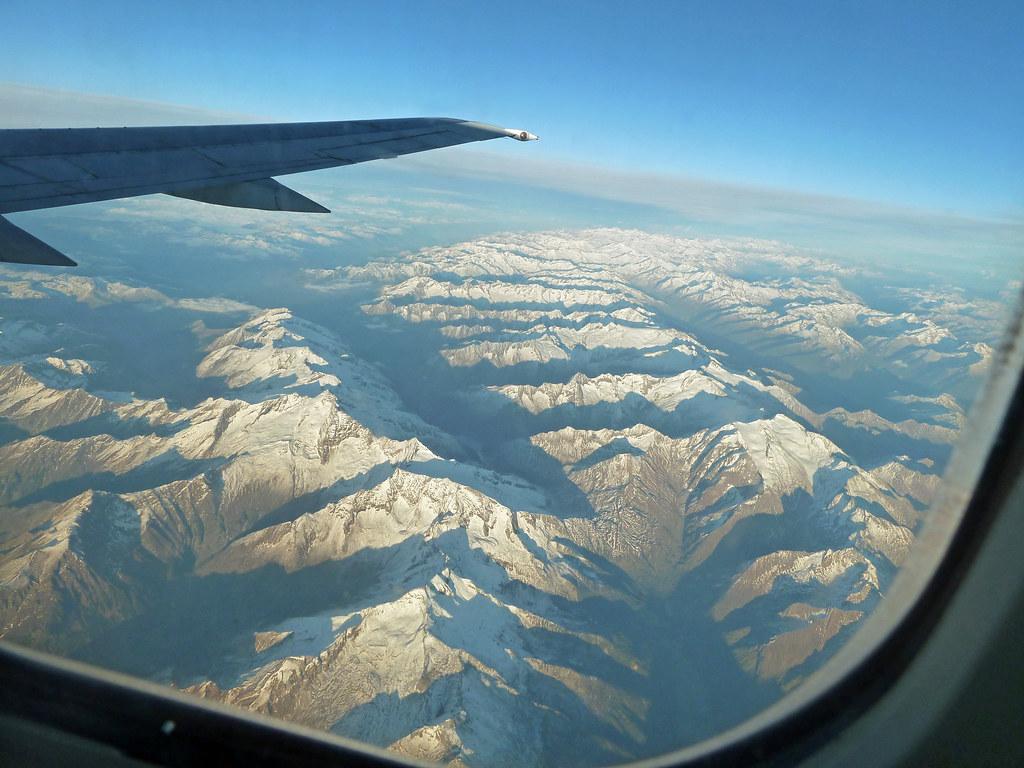 Blick aus dem Flugzeugfenster   12.10.2011 - Rückflug von Ve…   Flickr