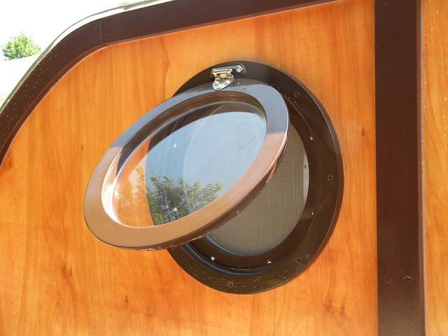 Click It Rv >> custom made porthole window with screen Knox Cozy Cabin Camper | Flickr - Photo Sharing!