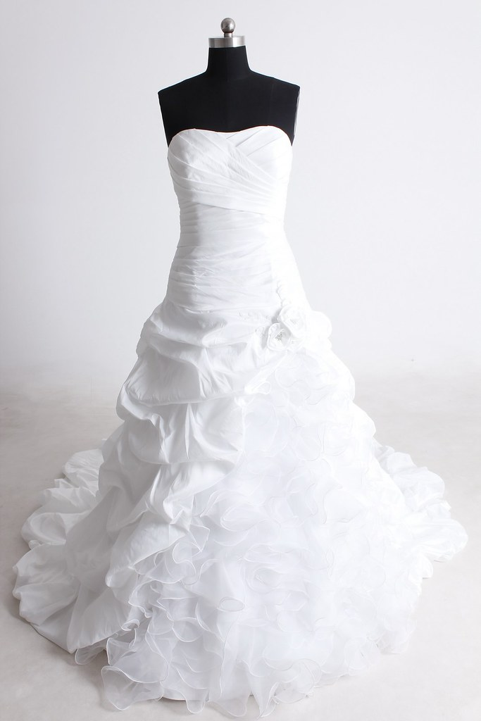 Dressilyme wedding dresses what a beautiful wedding for Dressilyme wedding dress