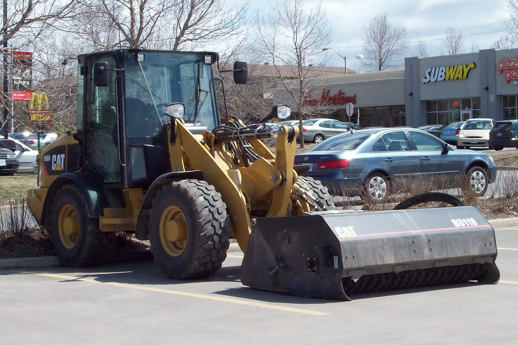 Cat 906h Front End Wheel Loader With A Bu118 Sweeper Attac