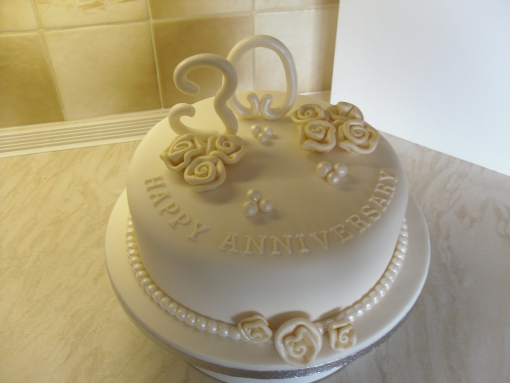 30th Pearl Anniversary Cake Ccs Cake Creations Flickr