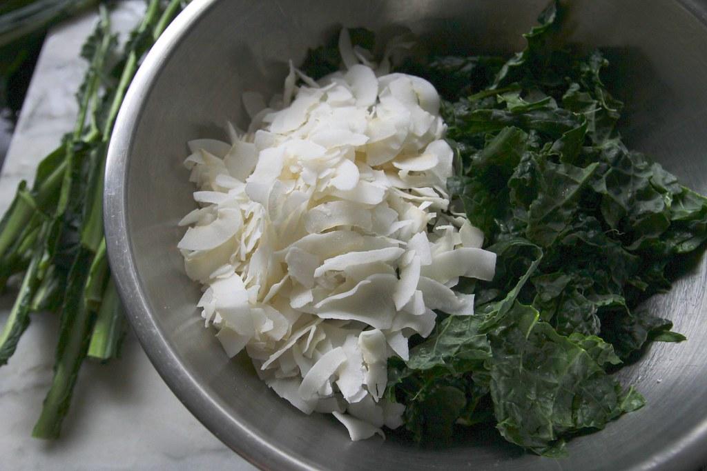 kale salad w/coconut & sesame oil   :::recipe blogged:::   tracy ...