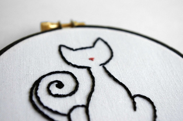 Embroidery hoop kitty cat outline by sarah hennessey