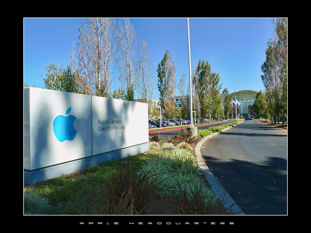 apple 39 s headquarters siege social d 39 apple infinite loop is flickr. Black Bedroom Furniture Sets. Home Design Ideas