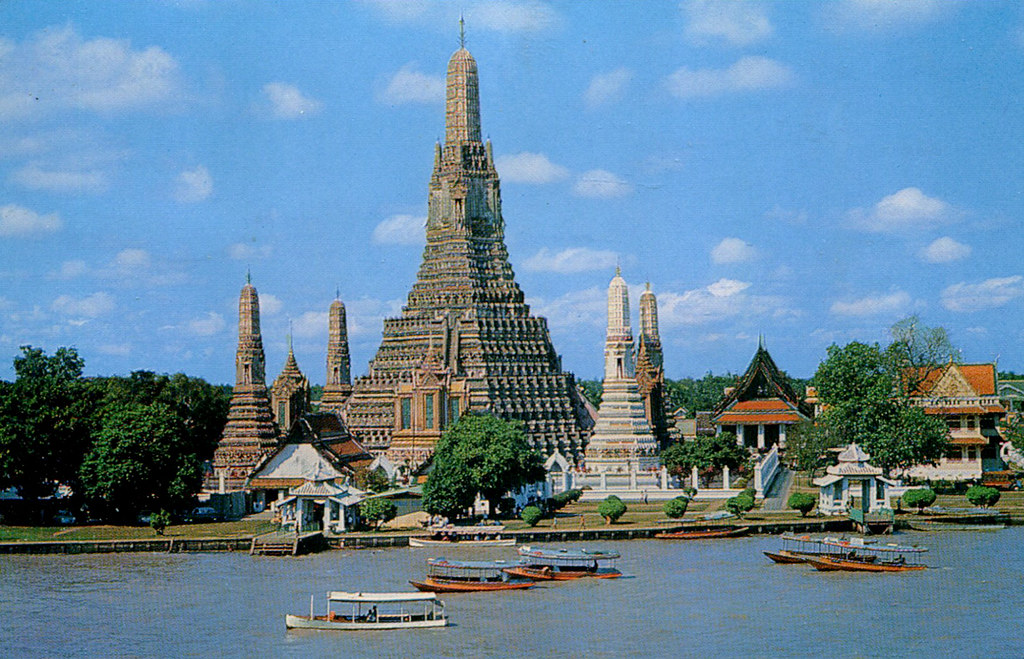 Bangkok - Wat Arun and Chao Phraya River (Postcard)  Flickr