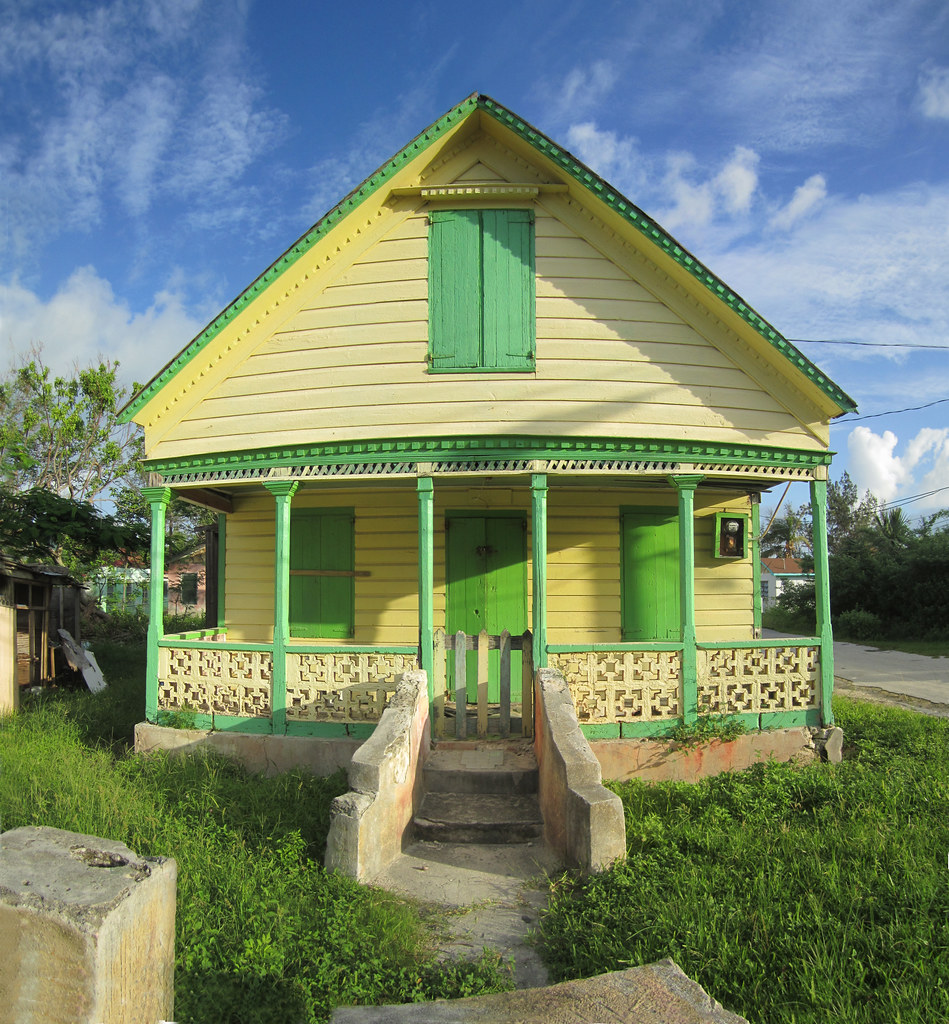 Yellow house green trim is this a traditional bahamian cla flickr - White house green trim ...