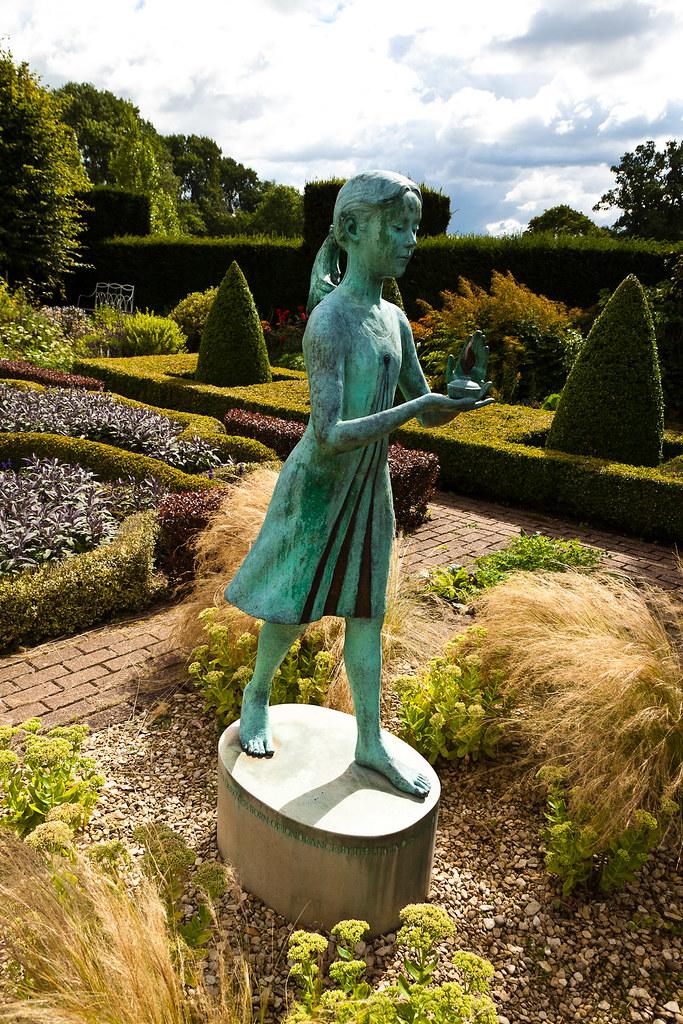 Waterperry Gardens   '...F 35