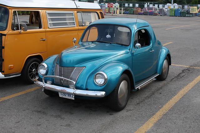 1972 volkswagen beetle   1940 ford kit